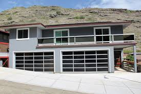 hawaii garage doors offers quality door options coupled with great service from friendly knowledgeable technicians that put aina residents and business