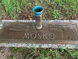 Robert Joseph Mosko (1939-1990) - Find A Grave Memorial