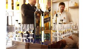 johnnie walker blue label whisky is the ultimate father s day gift and ranges from a gift set d at 58 which can be end with a personal message