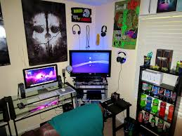 cool bedrooms for gamers. Bedroom Stunning Epic Gaming Room Tour Setup Small Ideas Trends And Game Images Adorable Calm Wall Paint Cool Item Facing Couch Modern Bedrooms For Gamers