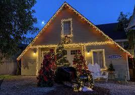 Eagle Point Park Christmas Lights Gilmore Girls Holiday Returns To Warner Bros Studio Tour