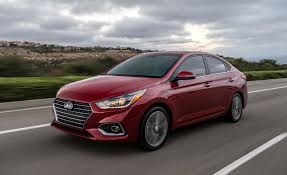 2018 hyundai elantra se. contemporary hyundai 2018 hyundai accent say hello to the elantrau0027s minime intended hyundai elantra se
