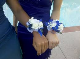 blue and white wrist corsages prom 2016