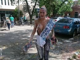 Как аргентинских девушек поздравляют с получением диплома