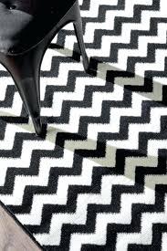 chevron round rug medium size of and white chevron rug within elegant chevron round rug rugs chevron rug black and white