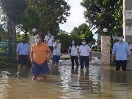 น้ำท่วมสุโขทัย-บ้านสมศักดิ์ เทพสุทิน ส่วนรพ.เฝ้าระวัง