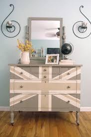 painted furniture union jack autumn vignette. Furniture Feature Friday - Link Party \u0026 Favorites Painted Union Jack Autumn Vignette