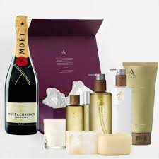 moet chandon brut imperial and aromatherapy gift box