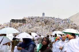 الأمطار تنهمر على عرفات وسط دعاء ودموع الحجاج – قناة الغد