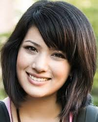 elegant short hairstyles for women with thick hair