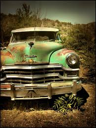 i was drawn to the rusted green paint job talk about patina abandoned vehiclesabandoned carsabandoned placesvintage