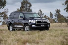 TOYOTA Land Cruiser car technical data. Car specifications ...