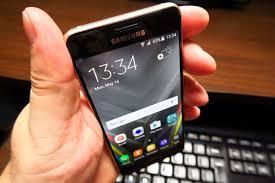 samsung a3 2016. konektivitas yang gesit dan stabil dari smartphone samsung a3 2016 edition