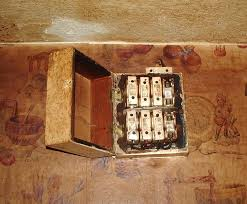 old fuse box fuses wiring diagrams mashups co Fuses For Fuse Box amazing electricians limited old fuse box fuses fuse boxes with a wooden back and re wirable fuse for fuse box