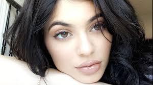 kylie jenner makeup looks b8152cd9f35efd3d3c9479083da560e7 7edce26d47f375d5083c832274f75316 9bace68bb4f21c6e2b5020ff80b4b1e4