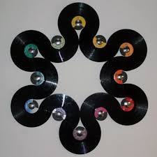 wall art with vinyl records