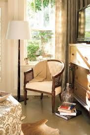Living Room Decorating Ideas: Reading Corner