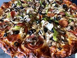 photo of round table pizza kailua hi united states king arthur s supreme