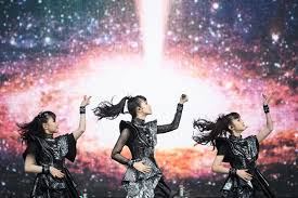 Billboard Modern Rock Chart Babymetal Becomes First Asian Act To Top Billboards Top
