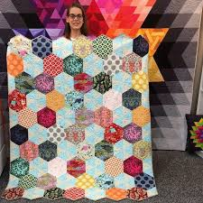 39 best Half Hexagon Quilt ideas for MSQC template images on ... & Hexagon Quilt Pattern, Hexagon Quilting, Hexagons, Quilt Patterns, Quilting  Ideas, Jaybird Quilts, English Paper Piecing, Baby Quilts, Craft Adamdwight.com