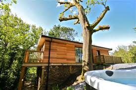 100 Of The Best Places To Stay In IrelandTreehouse Accommodation Ireland