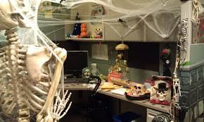 Image of: Cubicle Halloween Decorations Halloween Witchery Cubicle Contest  With Regard To Cube Decorations How