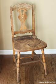 painting an old wooden chair before 2 Green With Decor