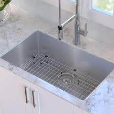 Kraus 32 L X 19 W Undermount Kitchen Sink With Drain Assembly