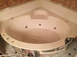 before tub refinishing in richmond