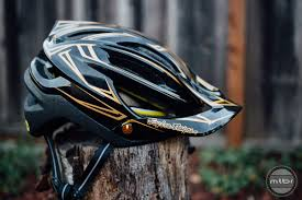 Troy Lee Designs A2 Vs A1 Troy Lee Designs Helmet D3 Black Fiberlite Composite Red
