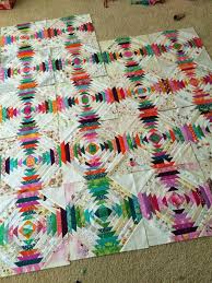 Pineapple quilt (a quilt is nice) | Scrap, Strip quilts and ... & Patterns · Pineapple quilt Adamdwight.com