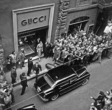 While his father made a living as a craftsman and milliner, he fell on hard times in the mid 1890s, prompting a young guccio to leave italy in search of a job. Gucci The Brand Story Bagista