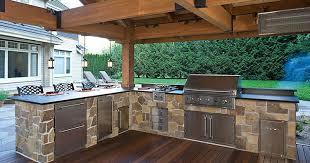 outdoor kitchen in l shape