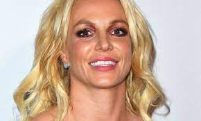Britney Spears causes a stir in string ...