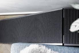 In vielen fällen muss man eine treppe nicht fertig kaufen, sondern kann sie aber auch stein oder metall eignen sich für den treppenbau. Hunderampe Fur Das Sofa Selber Bauen Designhaus No 9 Interior Blog Wohnen Einrichten
