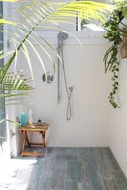 outdoor shower beach house photo 12