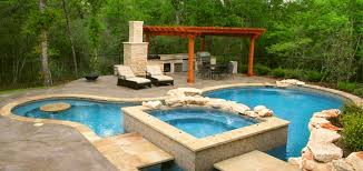 backyard designs with pool and outdoor kitchen. Beautiful Outdoor Outdoor Kitchen Designs With Pool Hitts Landscape Maintenance Inc Landscaping  For Amazing House And Backyard