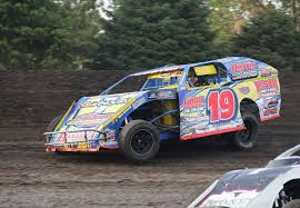 jimmy gustin gets 100th imca modified win in hawkeye dirt tour opener the gazette