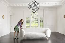 kelly wearstler explains how to choose the right size chandelier for your space architectural digest