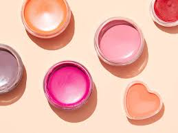 how to make your own lip balm in 5 easy steps