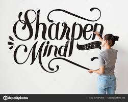 Artiste Féminine écriture Aiguiser Votre Citation Esprit Sur Mur