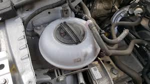 Koelvloeistof Controleren En Bijvullen Carblogger
