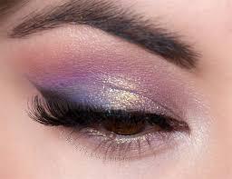 purple eyeshadow pink eyeshadow golden glitter eyeshadow