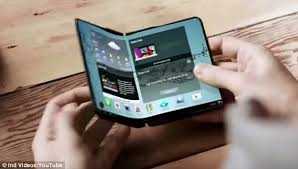 samsung flip phones 2017. samsung is expected to release a new handset that folds in two like notebook as flip phones 2017 f