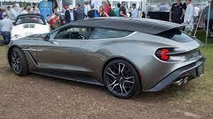 Datei 2019 Aston Martin Vanquish Zagato Shooting Brake No 73 At Greenwich 2019 Rear Left Jpg Wikipedia