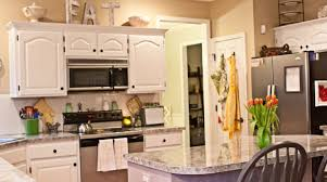 decorating ideas above cabinets kitchen