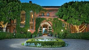 Jenny Craigs Luxurious Former Home Including Its Car Museum For - Bill gates interior house