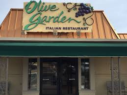 photo a stock image of an olive garden