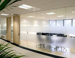 single glazed frameless glass wall partition 1