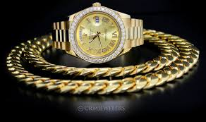 even though 5 kilo cuban link chains might only be appropriate for the likes of notorious rappers and well known reggaeton stars the reality is that these